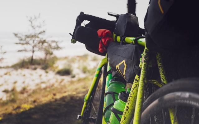 El equipamiento imprescindible para una salida en bicicleta