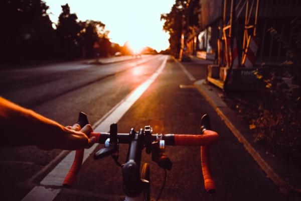 entrenar temprano ciclismo madrugar