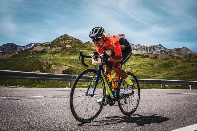 Prepara evento larga distancia ciclismo