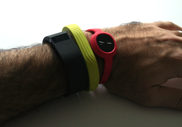 comparativa fitbit charge jawbone