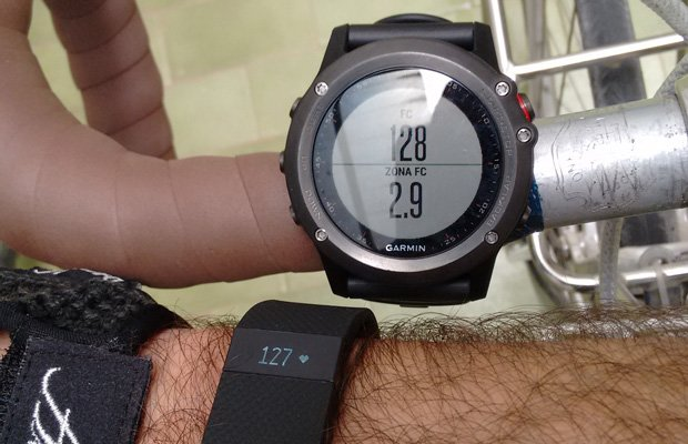 fitbit-charge-hr-fenix-3
