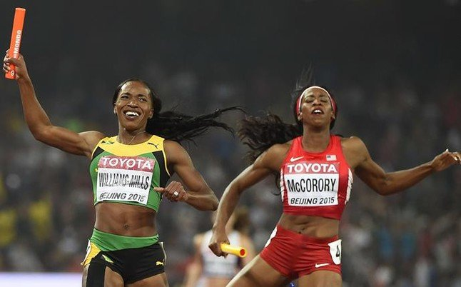 las-jamaicanas-ganaron-medalla-oro-los-4x400-metros-1440941919075