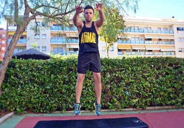 """weight squats -019 """"width ="""" 640 """"height ="""" 448"""