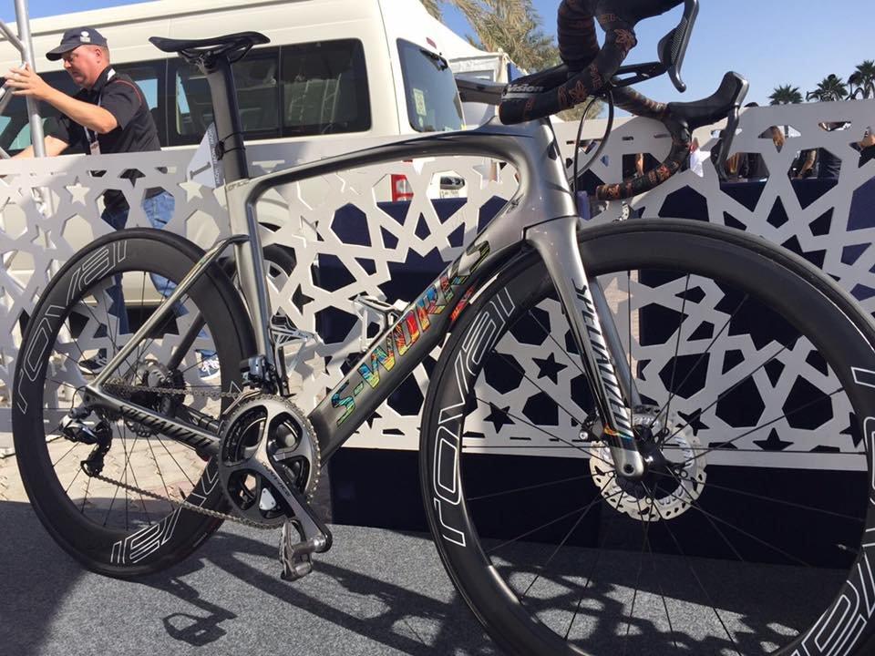 Beneficios e inconvenientes en el uso de frenos de disco en bicicleta de carretera