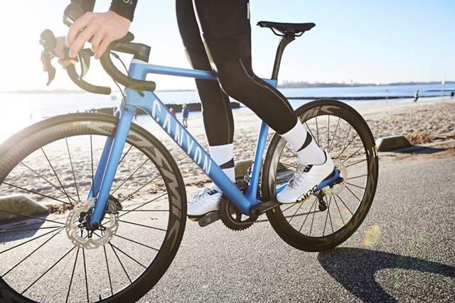 bicicleta de carretera canyon
