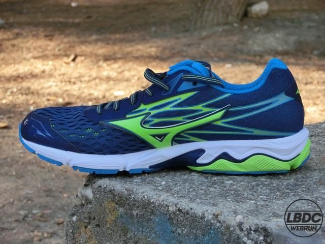 review Mizuno Wave Catalyst 2