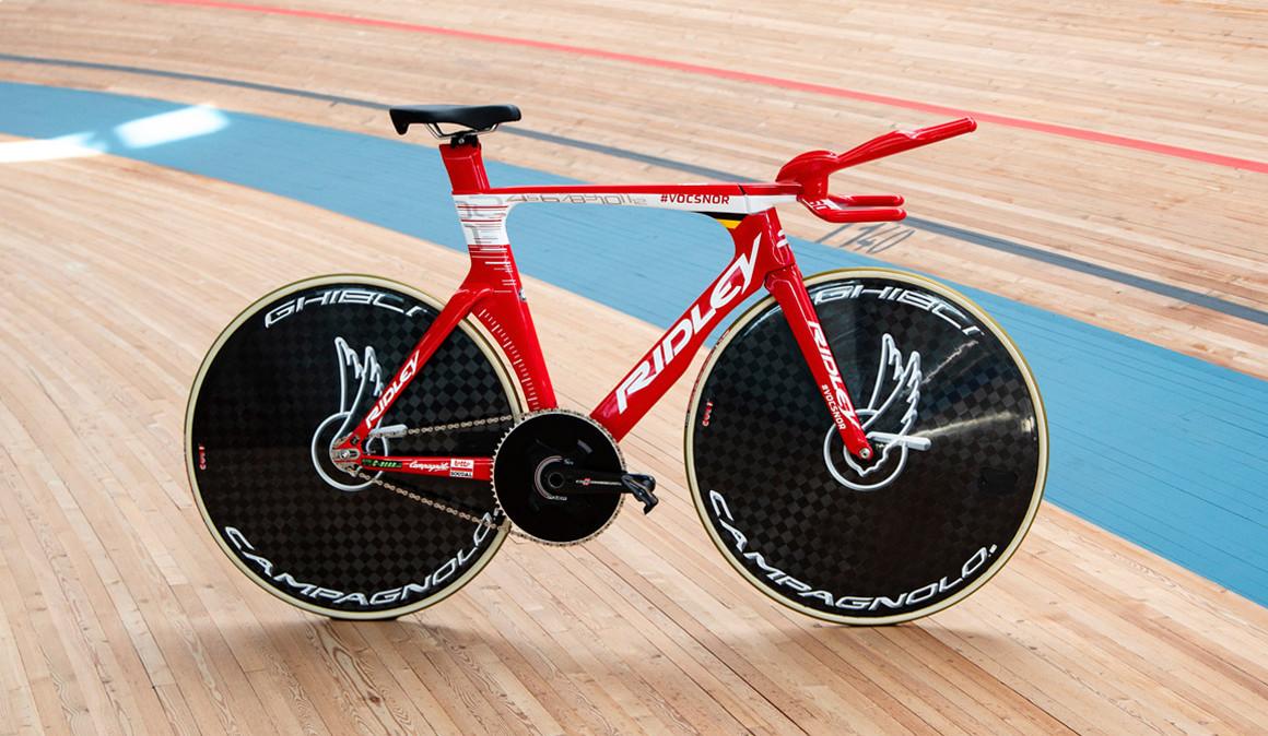 bicicleta ridley victor campenaert record de la hora