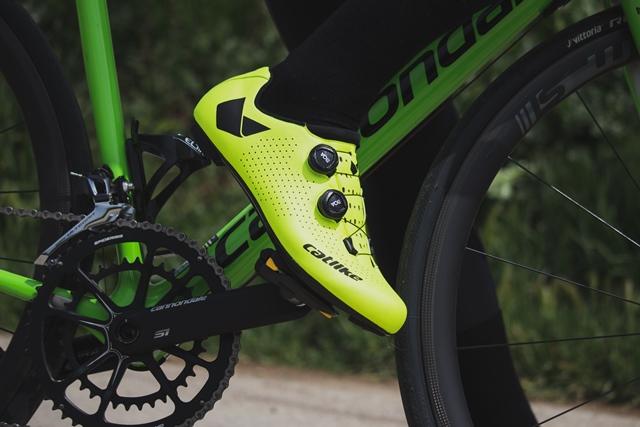 zapatilla ciclismo catlike carretera whisper oval carbono