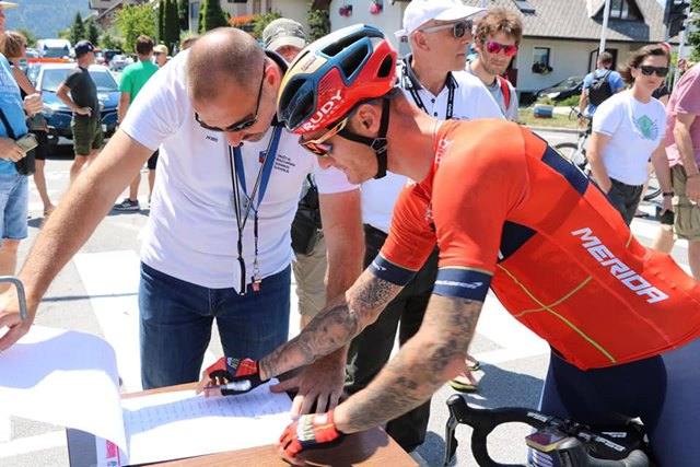 entrenador ciclismo planificar temporada
