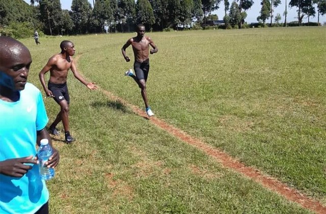 Cheptegei, during his training in Uganda / RUN.IX