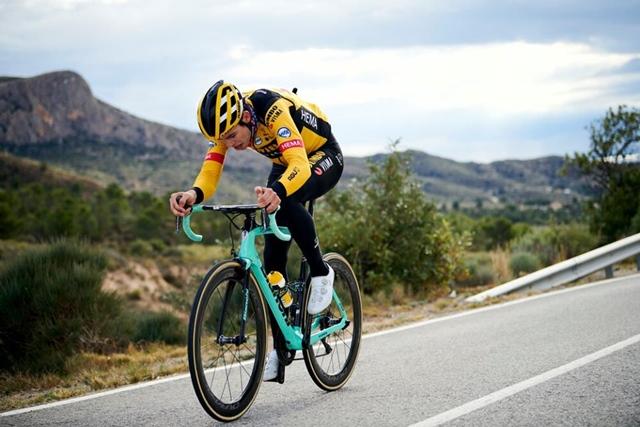 "Climbing bikes ""width ="" 640 ""height ="" 427 ""srcset ="" https://www.sport.es/labolsadelcorridor/wp-content/uploads/2020/06/bicicletas-escaladoras.jpg 640w, https: // www .sport.es / labolsadelcorridor / wp-content / uploads / 2020/06 / bicycle-climbers-630x420.jpg 630w ""sizes ="" (max-width: 640px) 100vw, 640px"