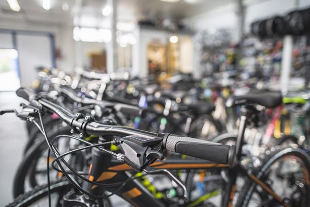"bicycle shops in barcelona ""width ="" 640 ""height ="" 427 ""srcset ="" https://www.sport.es/labolsadelcorridor/wp-content/uploads/2020/06/tiendas-de-bicicletas-en-barcelona .jpg 640w, https://www.sport.es/labolsadelcorredor/wp-content/uploads/2020/06/tiendas-de-bicicletas-en-barcelona-630x420.jpg 630w ""sizes ="" (max-width: 640px ) 100vw, 640px"