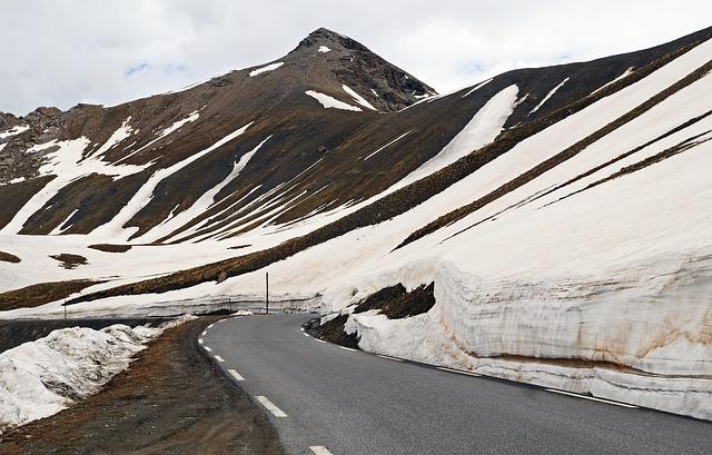 viaje por los alpes en bicicleta