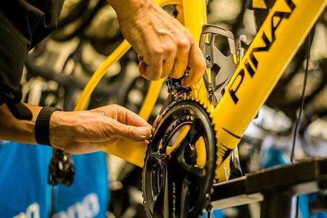 Tour de france bike equipment