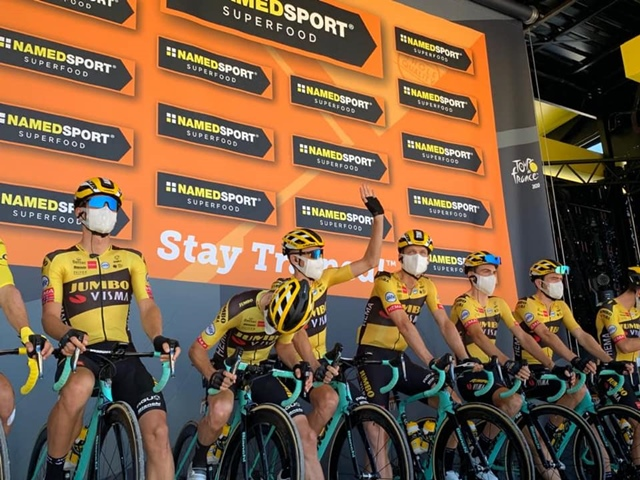"""rules uci cycling """"width ="""" 640 """"height ="""" 480 """"srcset ="""" https://www.sport.es/labolsadelcorredor/wp-content/uploads/2020/09/uci-reglas.jpg 640w, https: // www.sport.es/labolsadelcorredor/wp-content/uploads/2020/09/uci-reglas-560x420.jpg 560w, https://www.sport.es/labolsadelcorredor/wp-content/uploads/2020/09/uci -reglas-80x60.jpg 80w, https://www.sport.es/labolsadelcorredor/wp-content/uploads/2020/09/uci-reglas-100x75.jpg 100w, https://www.sport.es/labolsadelcorredor /wp-content/uploads/2020/09/uci-reglas-180x135.jpg 180w, https://www.sport.es/labolsadelcorredor/wp-content/uploads/2020/09/uci-reglas-238x178.jpg 238w """"sizes ="""" (max-width: 640px) 100vw, 640px"""