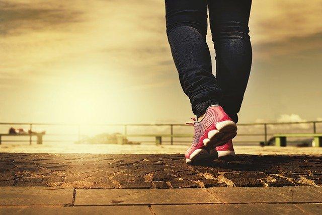 andar 10000 pasos al dia adelgazar