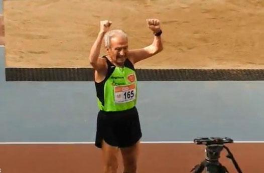 Récord del Mundo de 800 del incombustible Manuel Alonso: ¡A 3:55/km con 85 años!