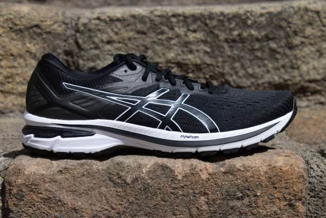 ASICS GT-2000 9 review