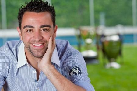 Xavi posó así de satisfecho tras una temporada llena de éxitos
